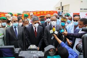 Réception d'un lot de vaccins chinois Sinopharm contre le covid-19, don de la Chine