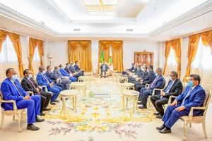 Le Président de la République reçoit les walis des quinze wilayas du pays