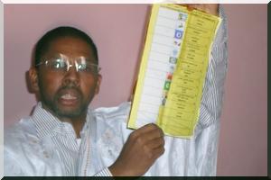 Zouerate - Fraude électorale : Des bulletins de vote favorables à l'APP hors du siège de la CENI - [PhotoReportage]
